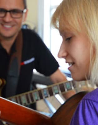 Intermediate Guitar Lessons by Your Guitar Academy - music in London
