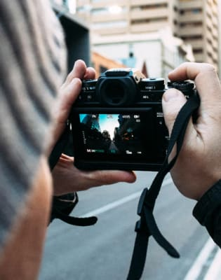 DSLR Video for Beginners Class by Photography Course London - photography in London