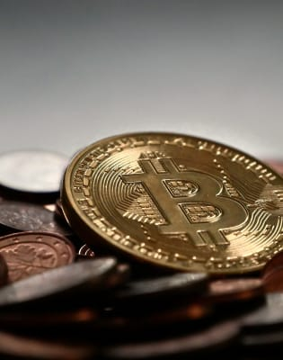 Cryptocurrencies & Blockchain Technology – A guide for non IT Specialists by Redcliffe Training - technology in London