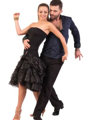 Beginners Ballroom and Latin Dance Class by Flow Dance London - dance in London