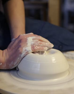 Wheel-Throwing Course - 8 Weeks by Jo Davies Ceramics - crafts in London