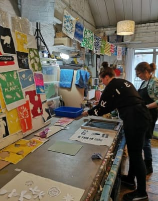 Beginners - Screen Printing on to Fabric - Private Class for Two  by Helen Rawlinson Design - art in London