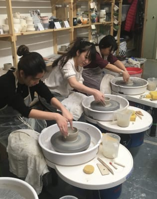 Friday Morning - Pottery Course on the Wheel by Clover & Emilia Pottery - art in London