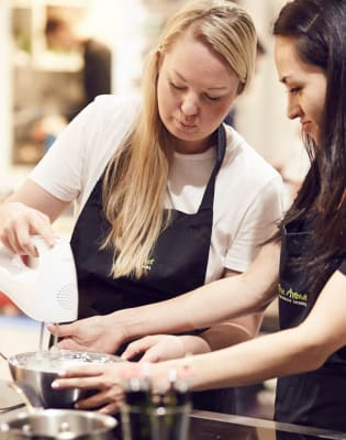 Vegan Pudding Class by The Avenue Cookery School - food in London
