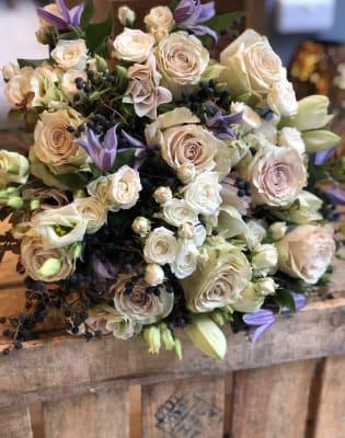 Bespoke Flower Arranging Workshop - Hand Tied Bouquet  by Lily  Cora Flowers - art in London
