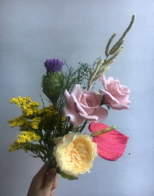 Corporate Workshop: Paper Flower by Pom Pom Factory - crafts in London