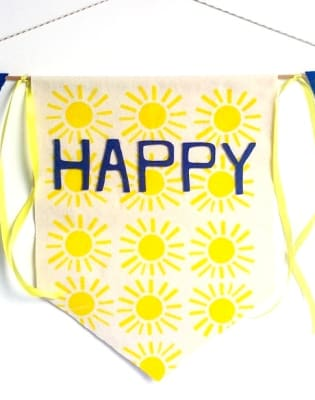 Monthly Family Workshop: Summertime Bunting Flag by Little Artists London - art in London