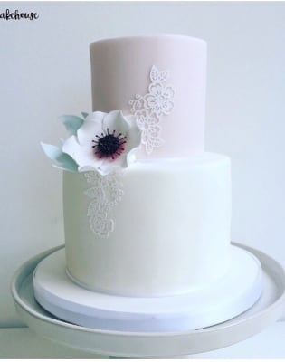 2-Tier Cake Decorating by Rock Bakehouse - food in London