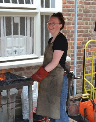 First steps in Blacksmithing by Urban Crafts Foundation - crafts in London