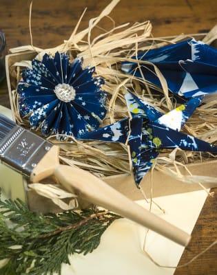 Christmas Botanic Blueprint ornaments making and giftmaking by Magda Kuca Alternative Photography - art in London