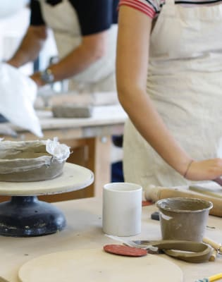 An Introduction to Ceramics – Handbuilding & Surface Decoration (Weekend course) by London Sculpture Workshop - art in London