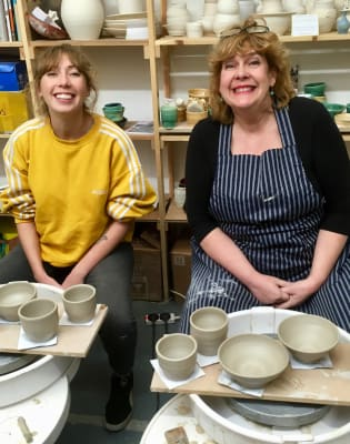 Weekend Taster Pottery Workshop by Clover & Emilia Pottery - art in London