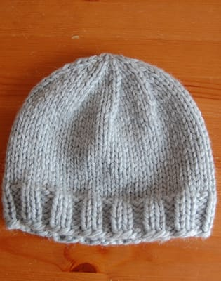 Learn To Knit A Hat by Natalie Selles - crafts in London