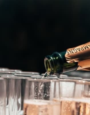 Introduction to Wine - Fizz and Rose by East London Wine School - drinks-and-tastings in London