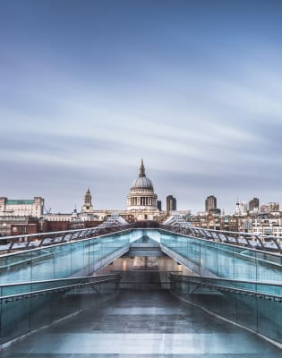 Ultimate Introduction to Photography: South Bank, London by Matthew Williams-Ellis - photography in London