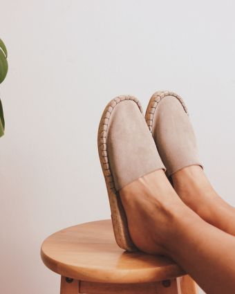 Make your own reclaimed leather espadrille slippers
