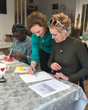 Discover the inner beauty of flowers - Drawing Workshop