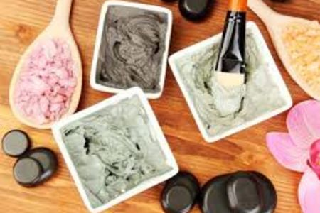 During this fun, relaxed beauty product making course, your expert guide from Midas Touch will teach you how to make your very own enchanting homemade products.