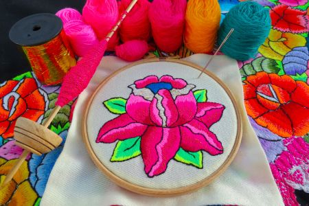 "Learn hand embroidery and stitch an ""Andean Rose"" with Bella Lane : Afternoon"
