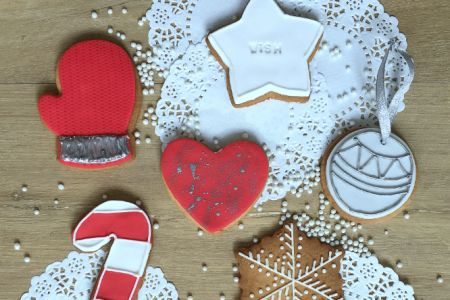 Festive Iced Biscuits and Baubles Class