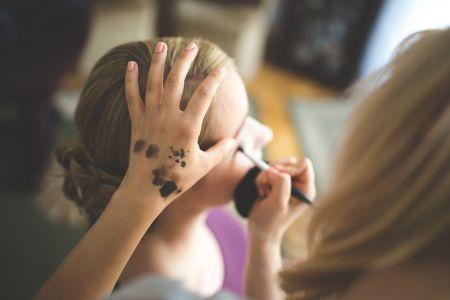 De Vallenger- Make up Master Class – Contouring