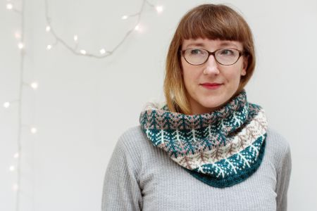 Discover stranded colourwork skills to incorporate into your knitting projects with the Colourwork Magic class hosted by Renee Callahan in West Hampstead, London