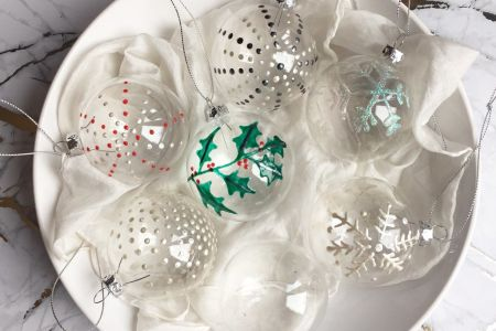 GLASS BAUBLE PAINTING WORKSHOP