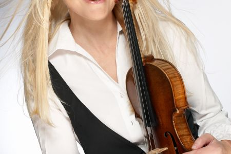 Classical Advanced Violin Classes with Menuhin Competition Winner