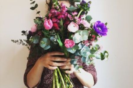 In this class you will learn how to make your very own floral bouquet - Obby