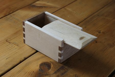 Make a beautiful dovetail box from native hardwood, using only hand tools, complete with dovetail joints and a sliding lid.
