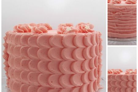 Learn how to pipe delicious buttercream in this Rock Bakehouse class