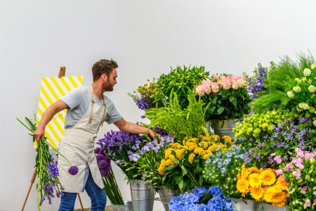 Learn how to make the perfect bouquet with Bloomon and spend an afternoon learning all about their beautiful flowers in the heart of London