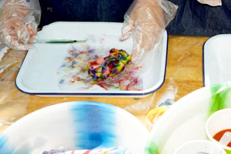 Learn to Tie Dye and Screen Print T-Shirts with Lizzie King