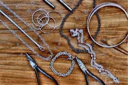 Make a Silver Chain Link Bracelet