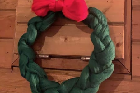Plait a Woolly Christmas Wreath