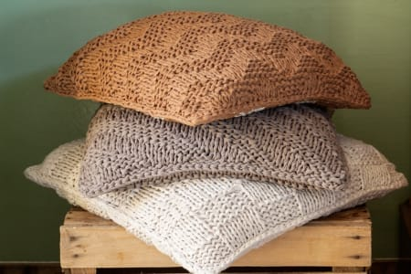 Knitting for Beginners: Make a Chunky Cushion Cover