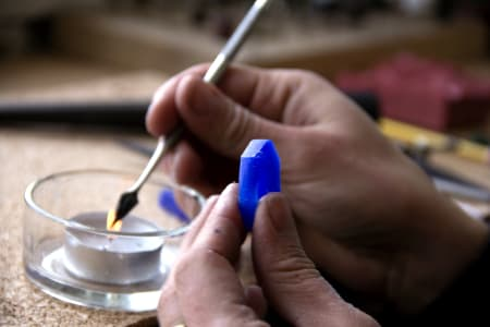 Beginners Introduction to Sculpting and Forming Jewellery Wax Into a Ring.
