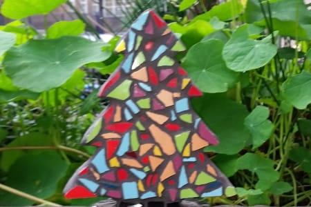 Making Mosaics for Christmas Gifts 2019