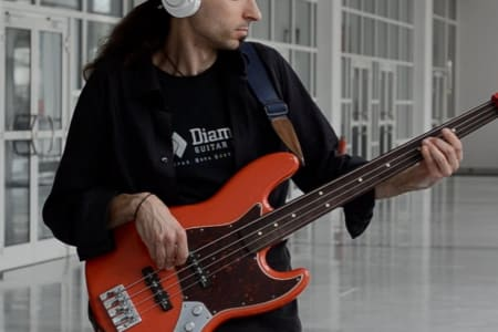 Beginners Bass Lessons with Alex Lofoco