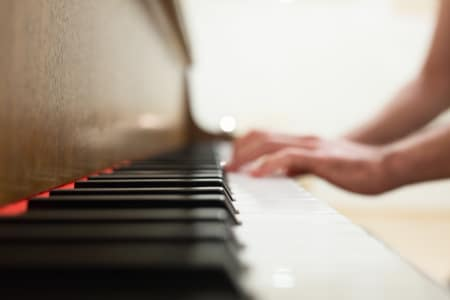 Intermediate Blues Piano Lessons with The London Piano Institute