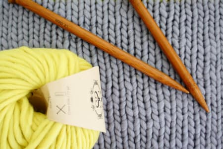 Beginners' Knitting Workshop with Cakes