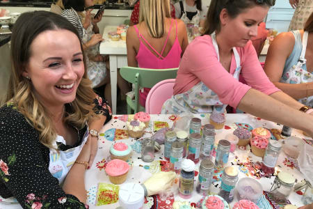 Beginner Cupcake Decorating Class
