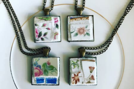 Mosaic a Pendant Workshop - Mosaic Jewellery made using vintage crockery