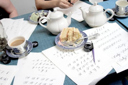 Modern Calligraphy Workshop - Drink, Shop & Do