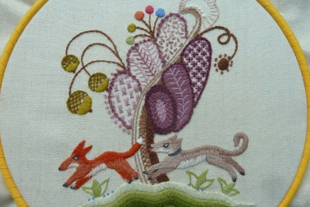 Introduction to Jacobean hand embroidery with Bella Lane