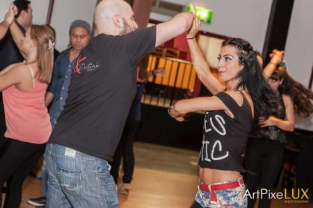 Beginners Salsa Class at Bar Salsa