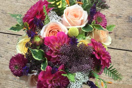 One to one bridal flowers floristry workshop, suitable for all!
