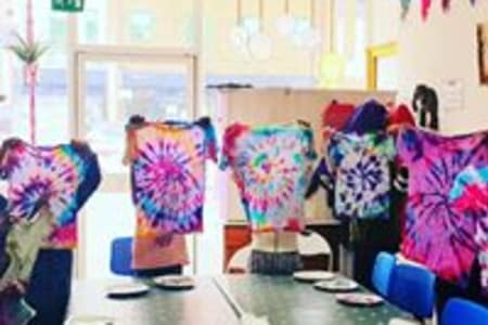Holiday Kids Tie Dye workshop