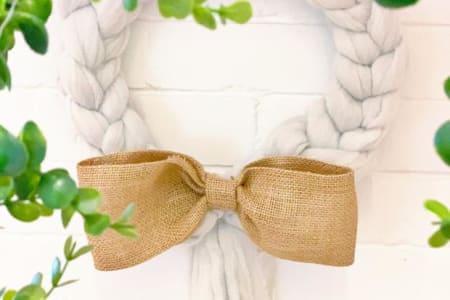 Beginners Giant Arm Knitting - Arm Knit a Christmas Wreath