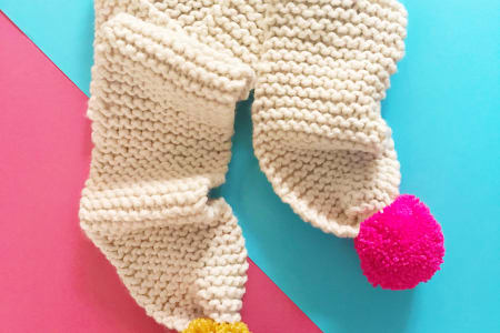 How to Knit a Scarf with a Glass of Prosecco - Complete Beginners